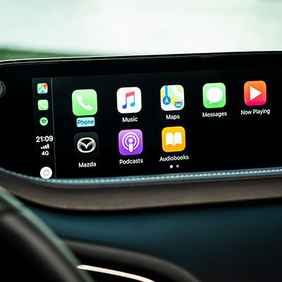 Innovatives Apple Car Play im neuen Mazda CX-30